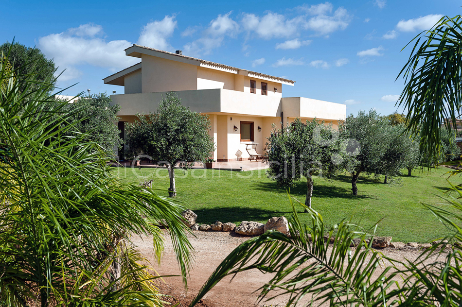 Villa Laura Villa with Swimming Pool for rent in Marsala Sicily - 9