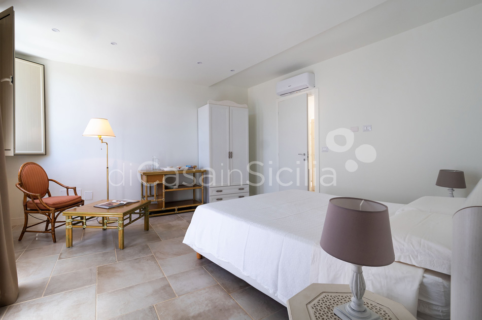 Villa Maddalena Sea View Sicily Villa Rental with Pool Syracuse Sicily - 47