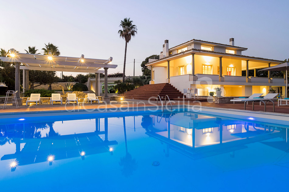 Villa Maya Large Luxury Villa with Pool for rent in Modica Sicily - 65