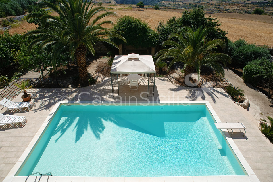 Villa Trombadore Country Villa with Pool for rent Modica Sicily - 4