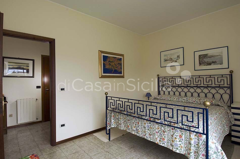 Villa Verdemare Beach Villa with Pool for rent in Patti Messina Sicily - 18