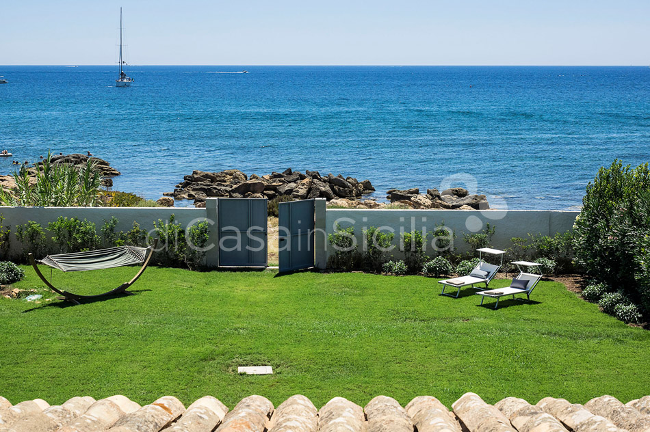 Villammare Sicily Villa Rental with Direct Sea Access Syracuse Sicily - 0