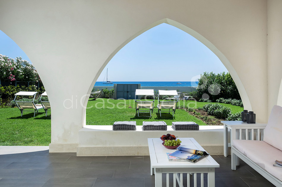 Villammare Sicily Villa Rental with Direct Sea Access Syracuse Sicily - 3