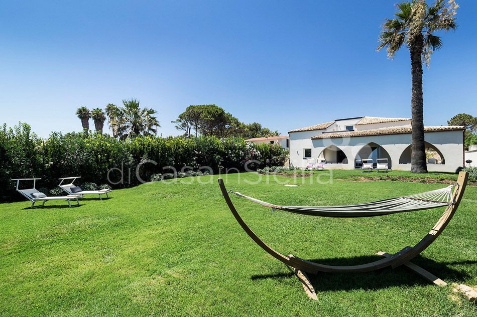 Villammare Sicily Villa Rental with Direct Sea Access Syracuse Sicily - 7