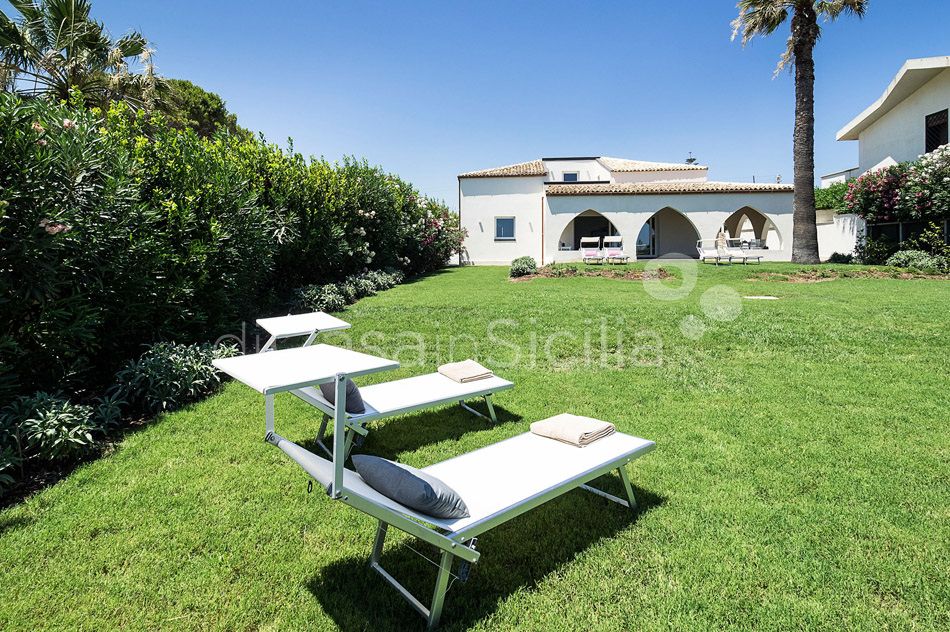 Villammare Sicily Villa Rental with Direct Sea Access Syracuse Sicily - 8