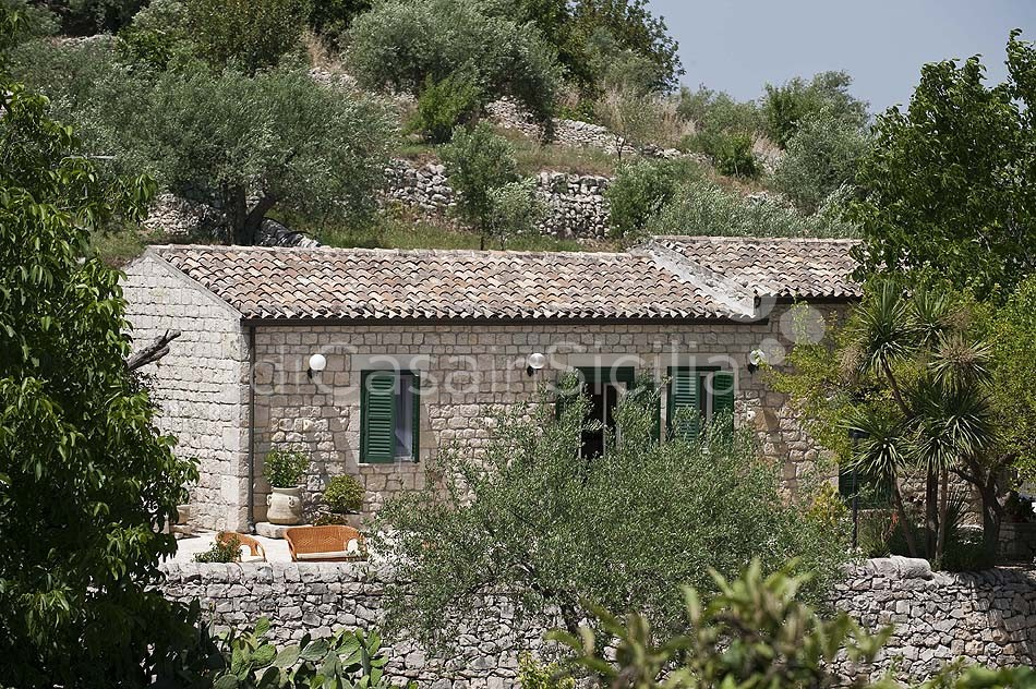 Villetta Sara Country House with Garden for rent near Modica Sicily - 0