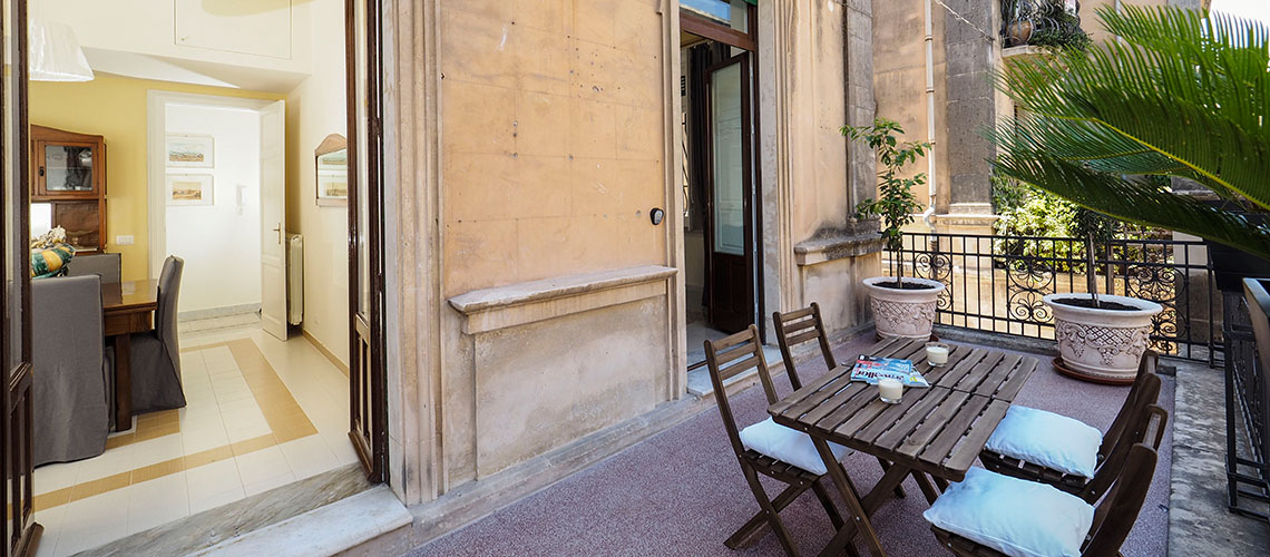 Zia Emma Apartment with Terrace for rent in Noto Sicily - 0