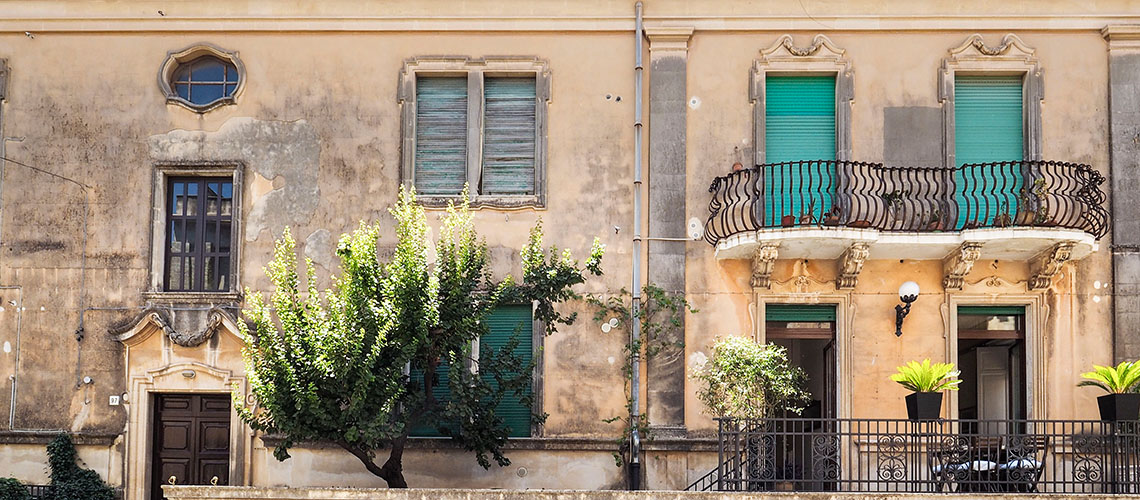Zia Emma Apartment with Terrace for rent in Noto Sicily - 3