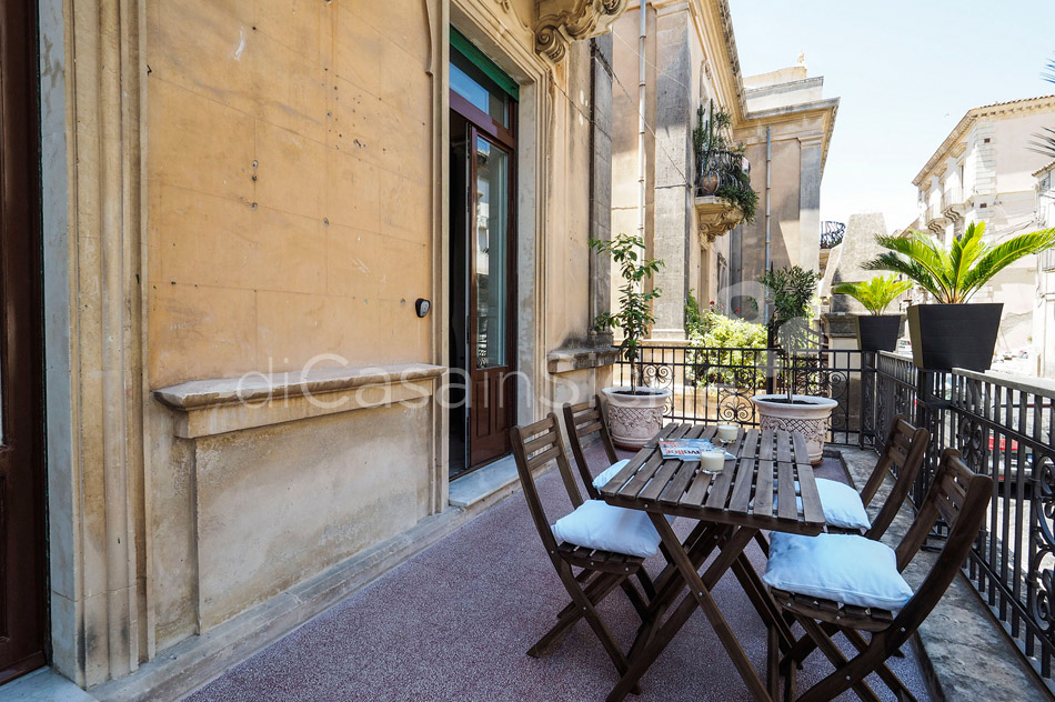 Zia Emma Apartment with Terrace for rent in Noto Sicily - 5