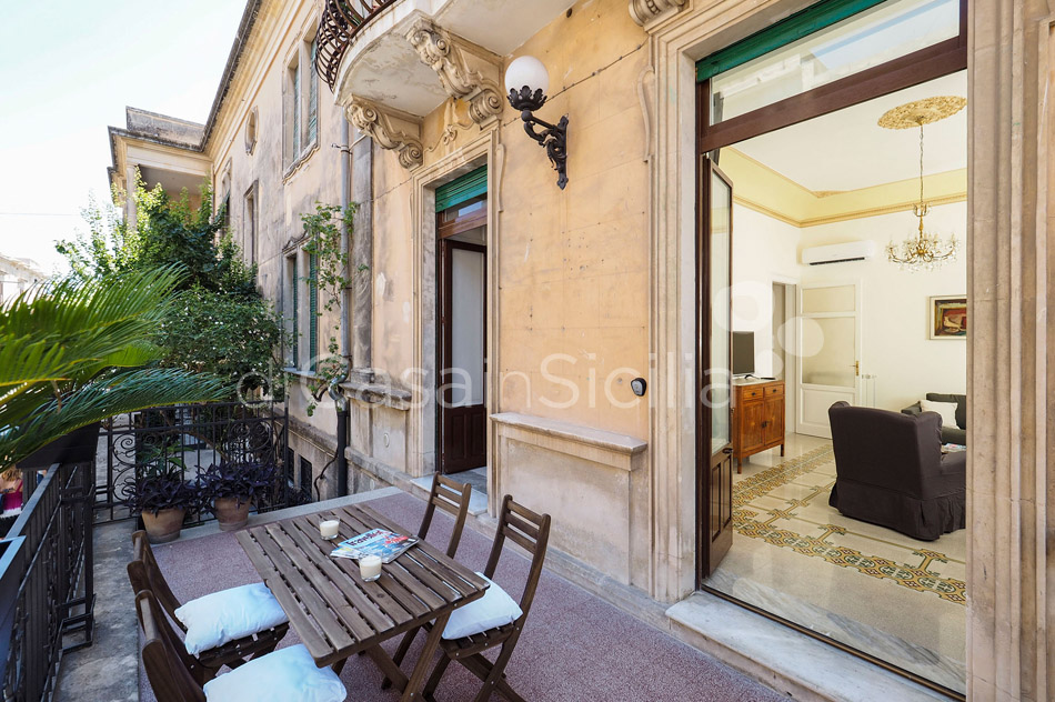 Zia Emma Apartment with Terrace for rent in Noto Sicily - 7
