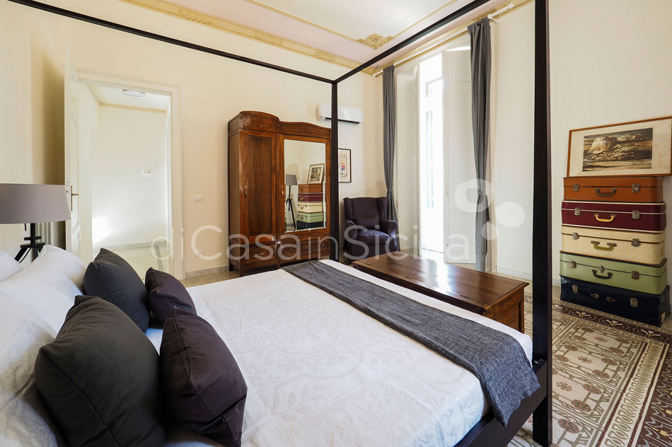 Zia Emma Apartment with Terrace for rent in Noto Sicily - 18