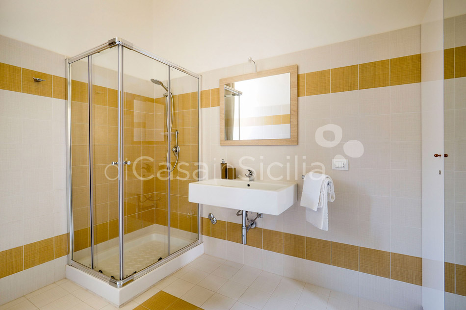 Zia Emma Apartment with Terrace for rent in Noto Sicily - 20