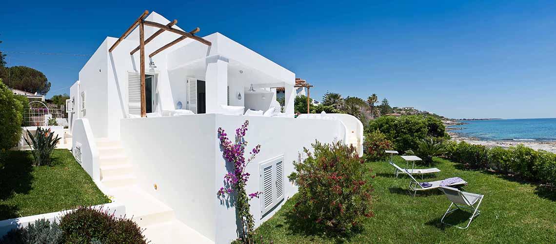 Casa Blu Villa Fronte Mare in affitto a Fontane Bianche Sicilia - 0