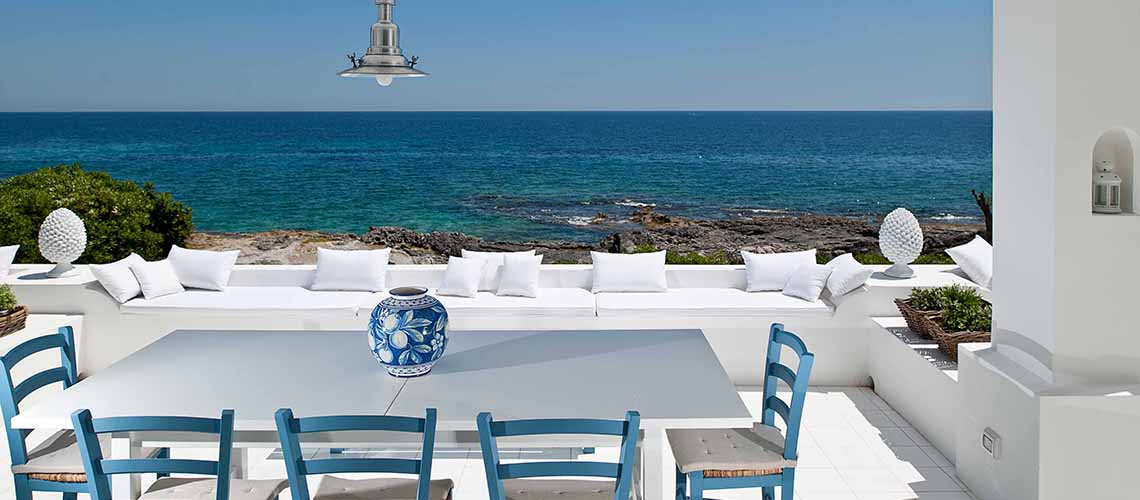Casa Blu Seafront Villa for rent in Fontane Bianche Sicily - 1