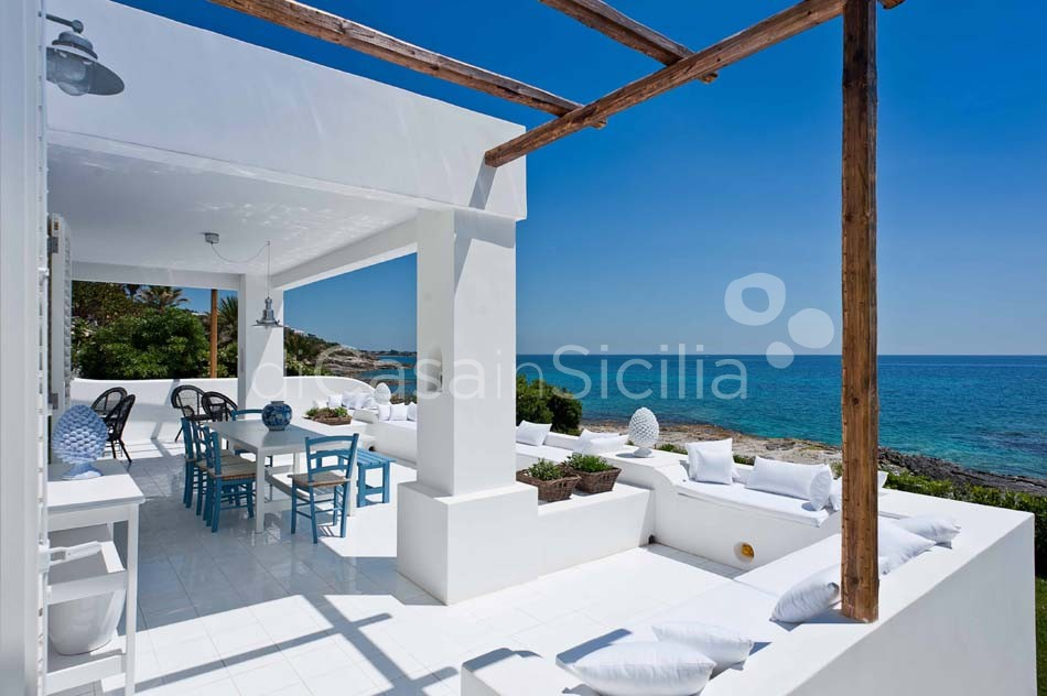 Casa Blu Seafront Villa for rent in Fontane Bianche Sicily - 7