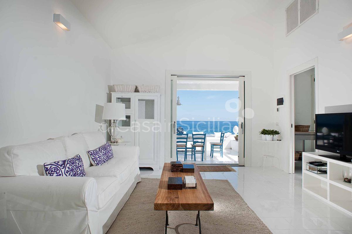 Casa Blu Villa direkt am Meer zur Miete in Fontane Bianche Sizilien  - 14
