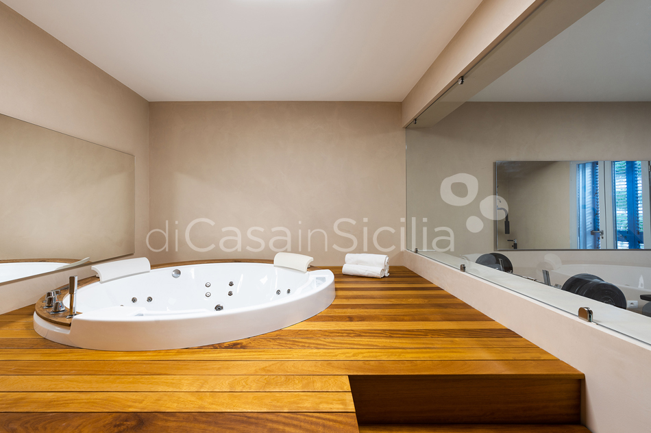 Casa degli Aranci Villa by the Sea with Pool for rent Avola Sicily - 67