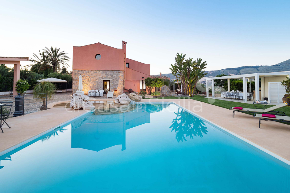 Ager Costa Large Luxury Villa with Pool for rent near Trapani Sicily - 10