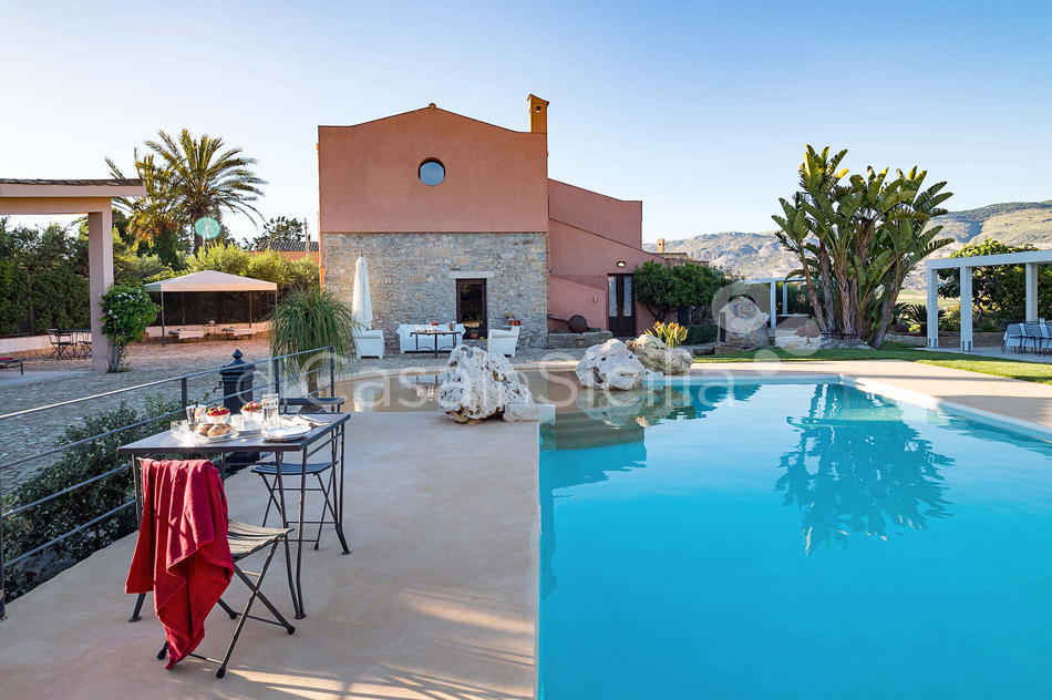 Ager Costa Large Luxury Villa with Pool for rent near Trapani Sicily - 11