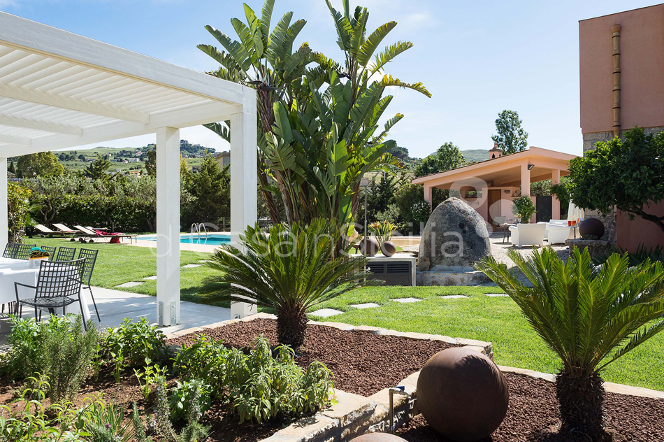 Ager Costa Large Luxury Villa with Pool for rent near Trapani Sicily - 14