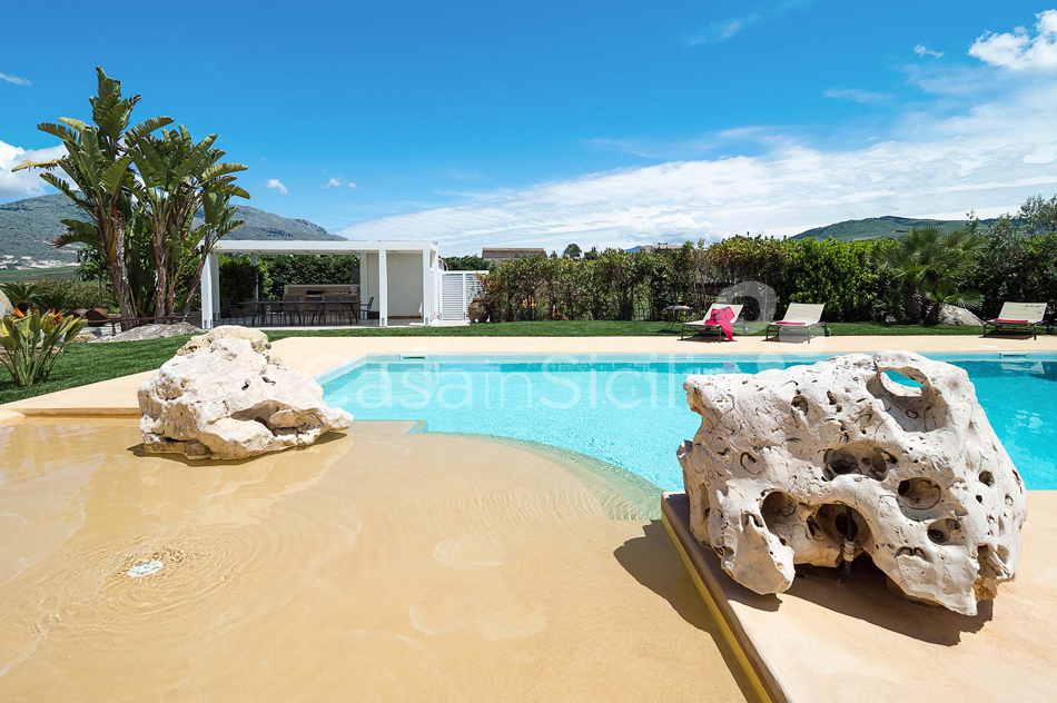 Ager Costa Large Luxury Villa with Pool for rent near Trapani Sicily - 16