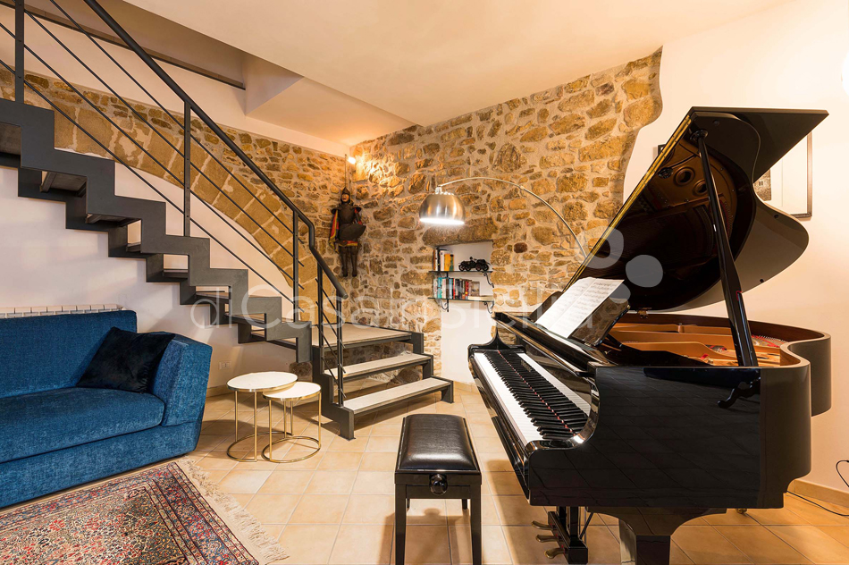 Ager Costa Large Luxury Villa with Pool for rent near Trapani Sicily - 33