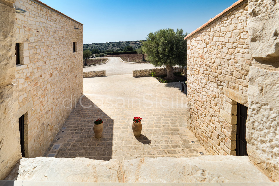 Sunkissed country villas with pool in Ragusa |Di Casa in Sicilia - 20