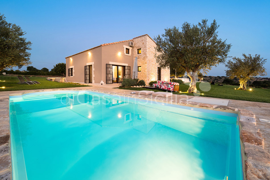 Sunkissed country villas with pool in Ragusa |Di Casa in Sicilia - 29