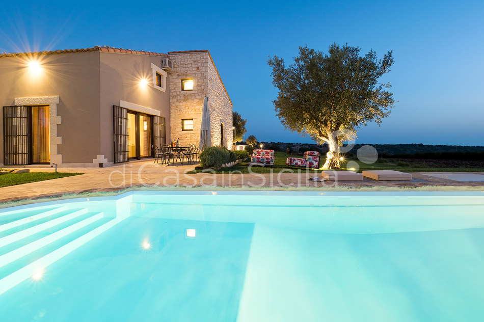 Sunkissed country villas with pool in Ragusa |Di Casa in Sicilia - 31