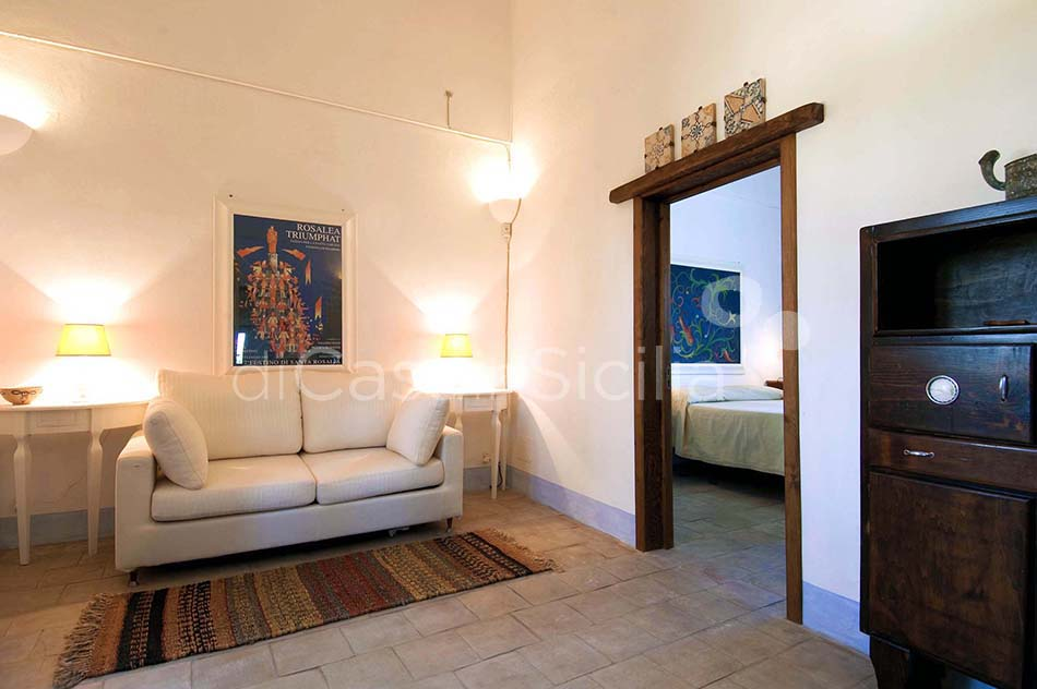 Casale del Ponte Country Villa with Pool for rent near Palermo Sicily - 24