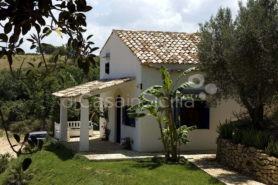 Casale del Ponte Country Villa with Pool for rent near Palermo Sicily - 28
