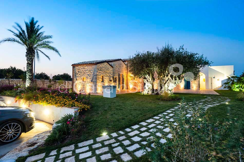 Casi o Cantu Luxury Country Villa with Pool for rent Modica Sicily - 16