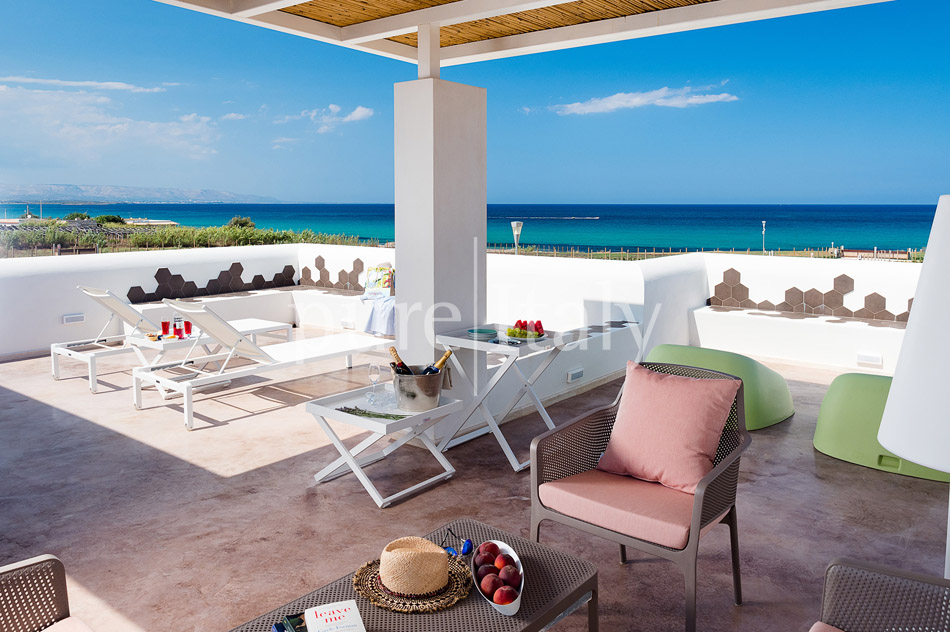 Beachfront villas with pool, Sicily's south-east coast | Pure Italy - 2