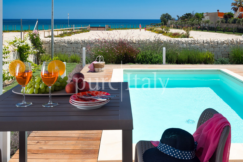 Beachfront villas with pool, Sicily's south-east coast | Pure Italy - 5