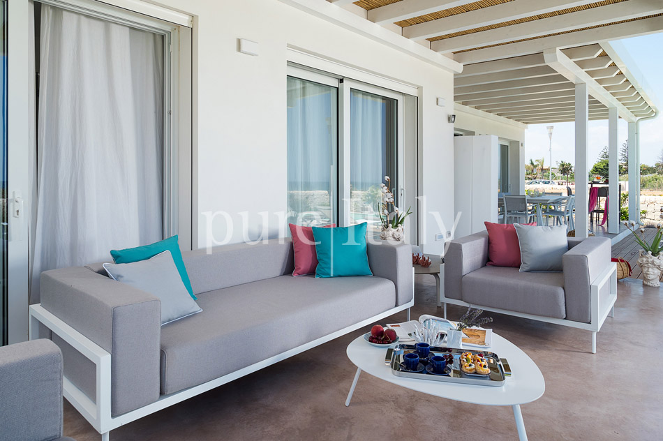 Beachfront villas with pool, Sicily's south-east coast | Pure Italy - 9