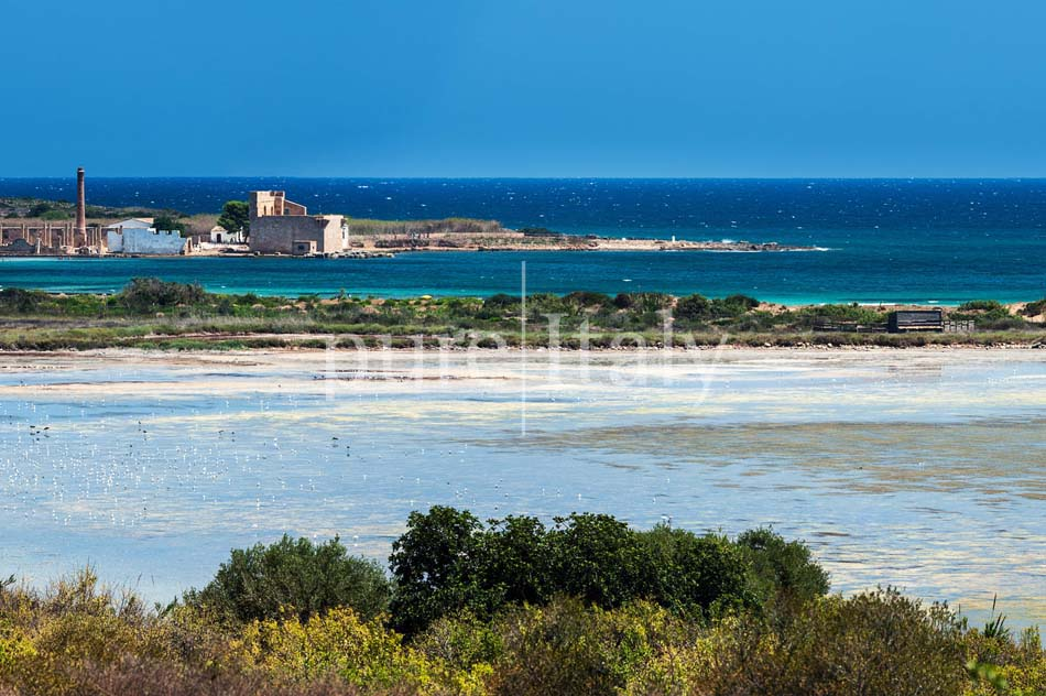 Beachfront villas with pool, Sicily's south-east coast | Pure Italy - 46