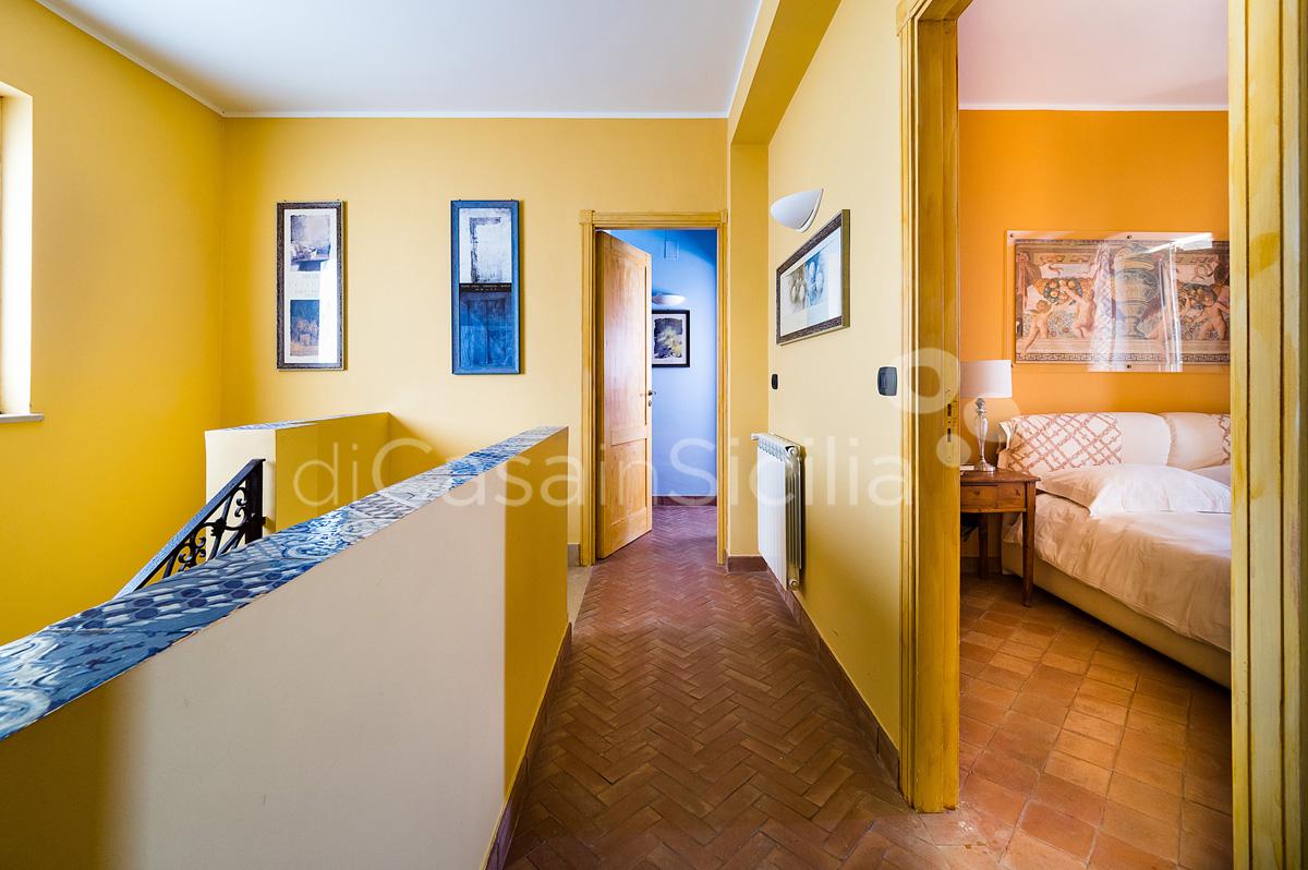 Villas avec piscine et vues sur mer, Etna|Di Casa in Sicilia - 47