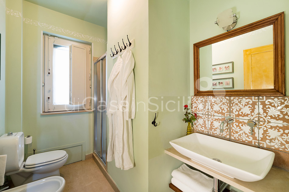 Villas avec piscine et vues sur mer, Etna|Di Casa in Sicilia - 57