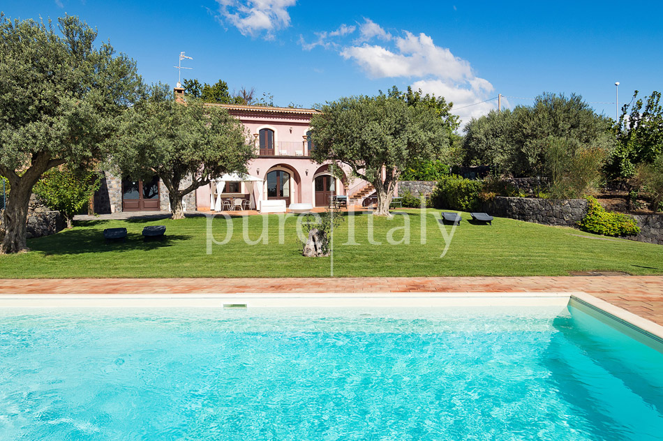 Villen mit Pool und Meerblick am Ätna   Pure Italy - 14