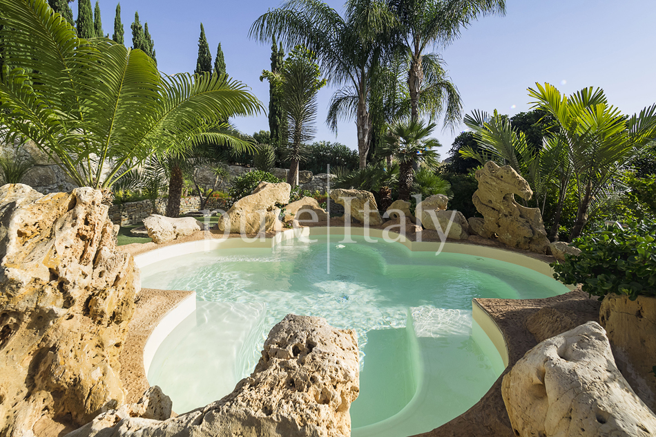 Villas with pool and wellness area, Sicily's south coast|Pure Italy - 16