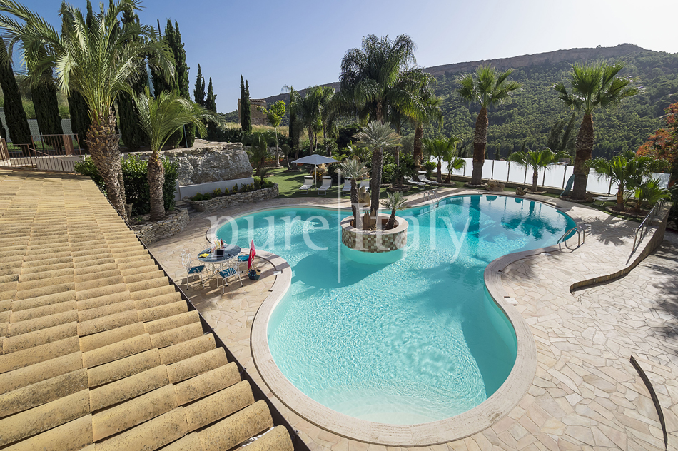 Villas with pool and wellness area, Sicily's south coast|Pure Italy - 17
