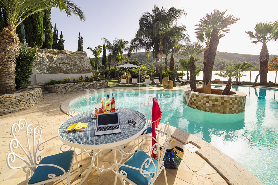 Villas with pool and wellness area, Sicily's south coast|Pure Italy - 18