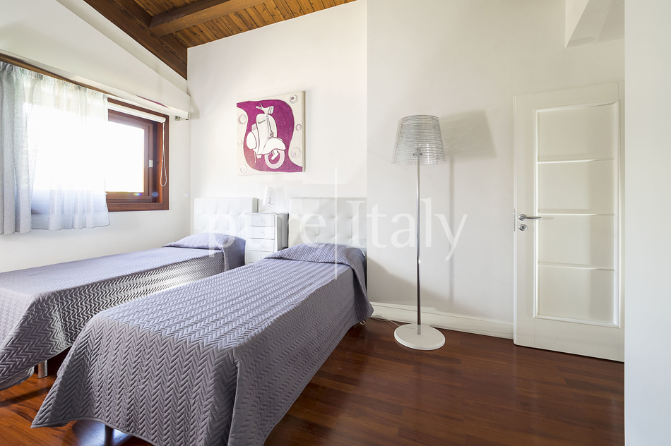 Villas with pool and wellness area, Sicily's south coast|Pure Italy - 44
