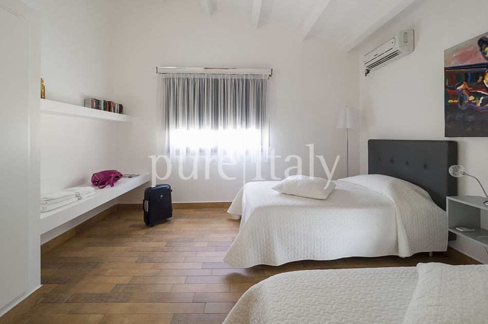 Villas with pool and wellness area, Sicily's south coast|Pure Italy - 58