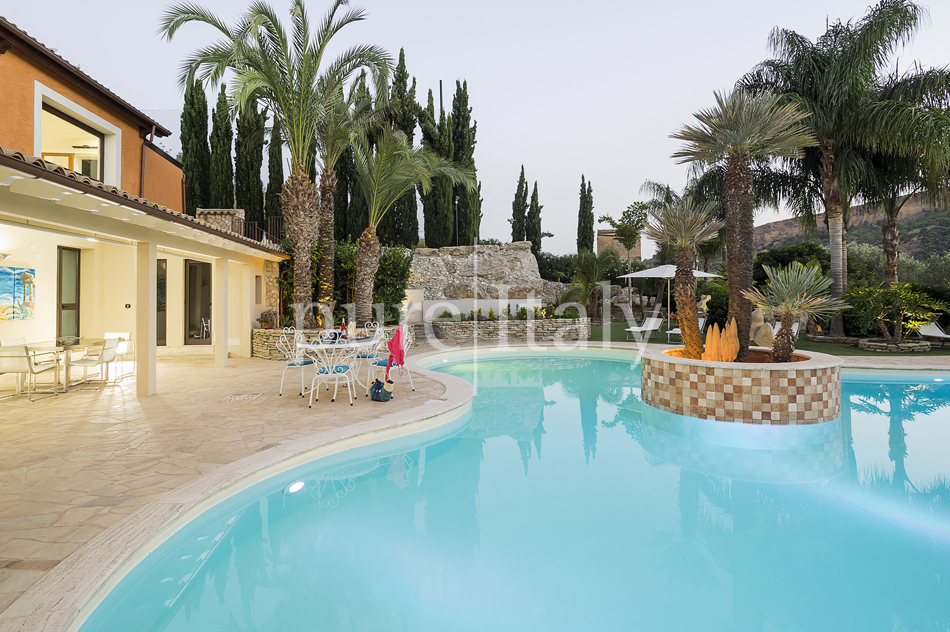Villas with pool and wellness area, Sicily's south coast|Pure Italy - 66