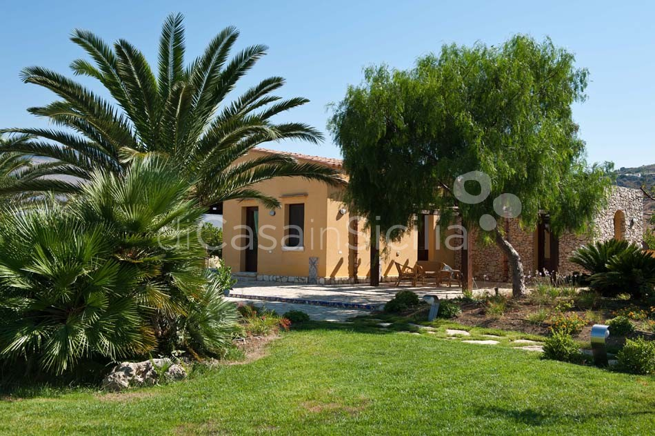Cialoma Sea View Villa with Pool for rent in Scopello Sicily - 10