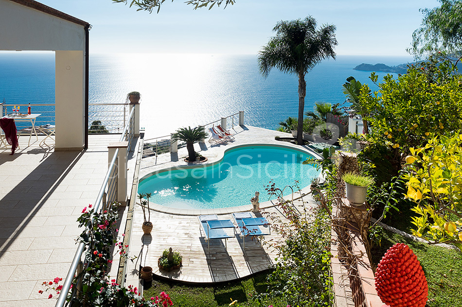 Villa Luce Sea View Luxury Villa with Pool for rent Taormina Sicily - 9
