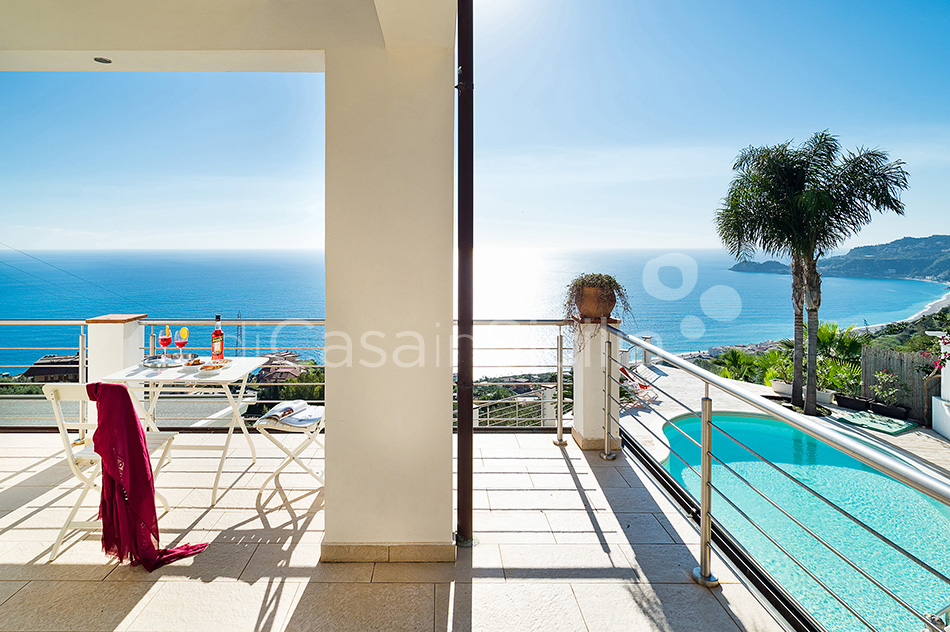 Villa Luce Sea View Luxury Villa with Pool for rent Taormina Sicily - 10