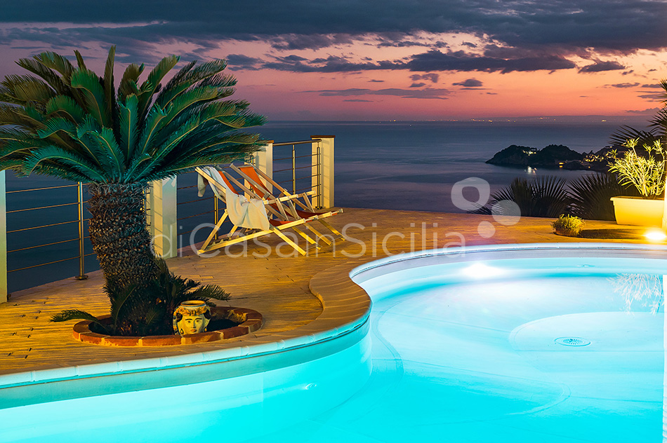 Villa Luce Sea View Luxury Villa with Pool for rent Taormina Sicily - 21