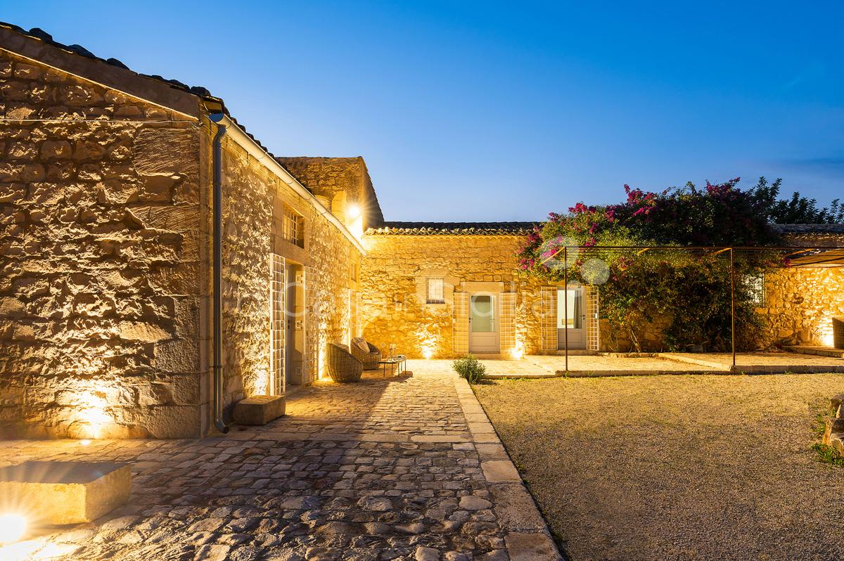 Dimora Pura Familienvilla mit Infinity Pool zur Miete Scicli Sizilien - 31